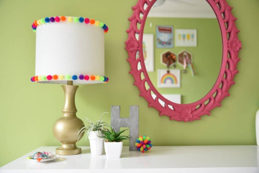 diy pom pom lamp shade trim